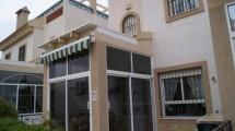 Semi-detached Townhouse in Los Altos