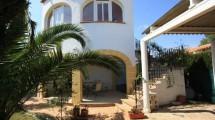 Top gepflegte Villa nur 150m vom Traumstrand in Denia entfernt