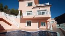 Villa muy hermosa con vistas al mar en Moraira