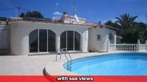 Villa reformada con psicina y vistas al mar a Calpe