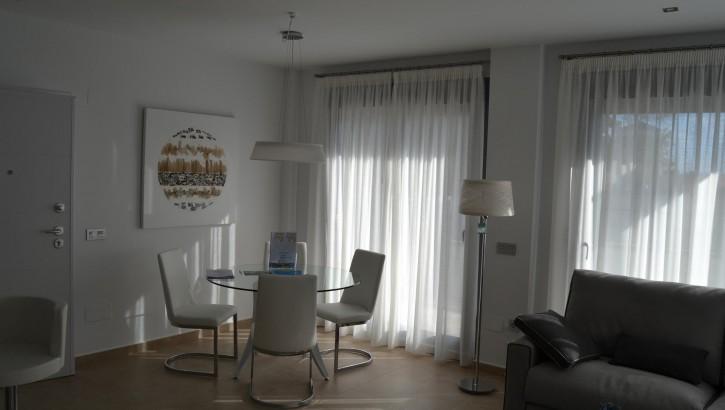 New luxury Villas in Villamartin