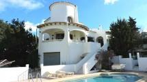 Villa hermosa con piscina en Calpe
