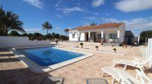 Villa grande cerca de la playa en Santa Pola