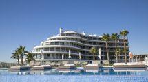 Apartamentos con vistas al mar en Arenales del Sol