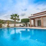 Groundfloor Villa with pool in Benitachell