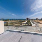 Strandnahe Neubauvillen mit Meerblick in Mil Palmeras